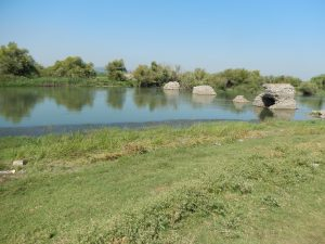 bridge-w-of-lake-ulubat-3